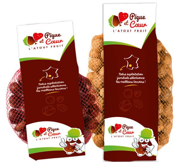 Sachets de fruits à coques marrons, noix, noisettes, amandes de la marque Pique et Coeur